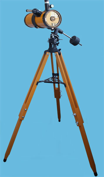 revue katadioptrischer newton teleskop catadioptric telescope. Black Bedroom Furniture Sets. Home Design Ideas